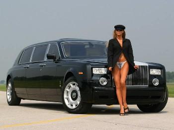 Rolls-Royce cu pisică